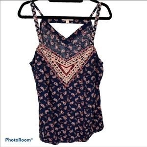 Skies are Blue, Paisley Print, Embroidered Top. XL